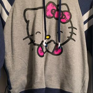 HELLO KITTY 🎧attached earbuds hoodie buddie